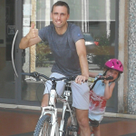 Bram wordt 40 en fietst 400km voor rikolto.