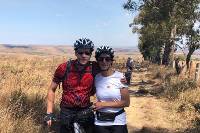 Stefan en Caroline gaan Mountainbiken in Ecuador voor Rikolto