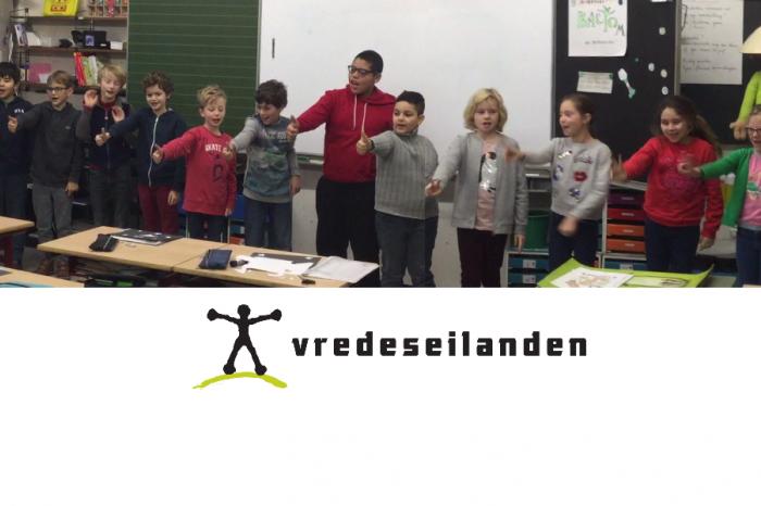 Sint-Stanislascollege steunt de Vredeseilanden!
