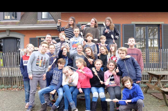 De klas van Jasper roert voor Rikolto-Vredeseilanden